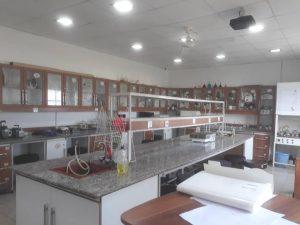 آزمایشگاه دانشگاهی معتمد